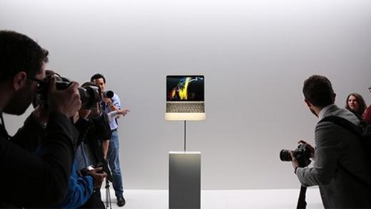 """MacBook thế hệ mới được xem là """"nhân vật chính"""" tại sự kiện đặc biệt vừa diễn ra của Apple."""