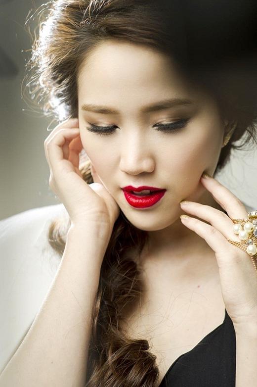 Bảo Thy ngày càng sang trọng và tinh tế về phong cách thời trang. - Tin sao Viet - Tin tuc sao Viet - Scandal sao Viet - Tin tuc cua Sao - Tin cua Sao