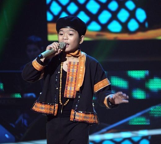 Quang Anh ở những liveshow đầu tiên của Giọng hát Việt nhí. - Tin sao Viet - Tin tuc sao Viet - Scandal sao Viet - Tin tuc cua Sao - Tin cua Sao
