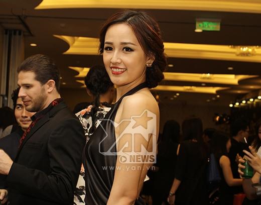 Isaac diện vest hồng, lịch lãm bên Hoa hậu Mai Phương Thúy - Tin sao Viet - Tin tuc sao Viet - Scandal sao Viet - Tin tuc cua Sao - Tin cua Sao