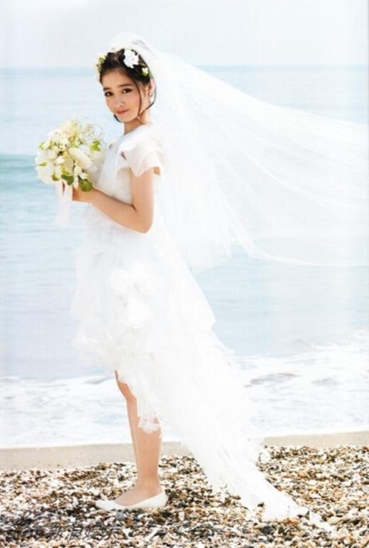 Kanna đã nổi tiếng từ năm 2013, sau khi những tấm hình cô biểu diễn với gương mặt thiên thần, quá xinh đẹp trên sân khấu được mọi người chia sẻ trên mạng.