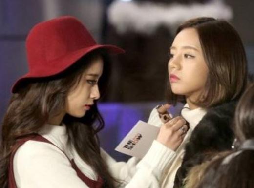 Ghen tị với tình bạn thân thiết hơn chị em của mỹ nhân Kpop