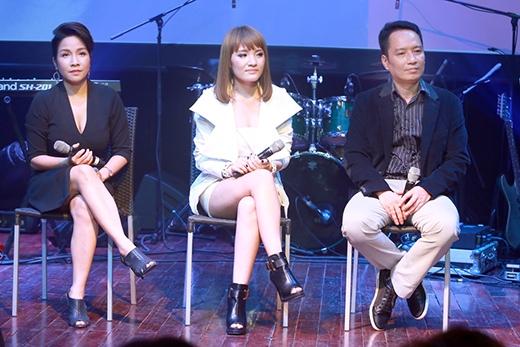 Ca sĩ Mỹ Linh và nhạc sĩ Anh Quân luôn bên cạnh giúp đỡ cô học trò cưng.
