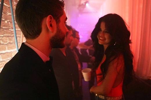 """""""Bạn trai tin đồn"""" khen Selena Gomez giỏi tuyệt vời hết chỗ chê"""