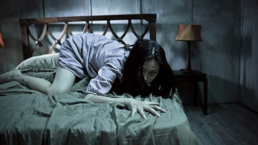 Ngôi nhà trong hẻm là một bộ phim ma khá thành công với sự tham gia của đả nữ Ngô Thanh Vân và Trần Bảo Sơn. - Tin sao Viet - Tin tuc sao Viet - Scandal sao Viet - Tin tuc cua Sao - Tin cua Sao