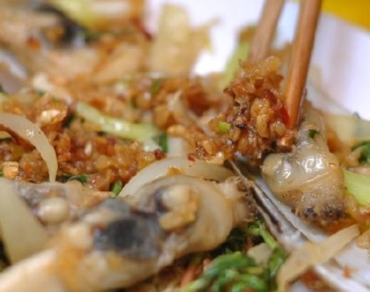 """""""Ấm bụng"""" với các món ốc đặc sản Hà Nội"""