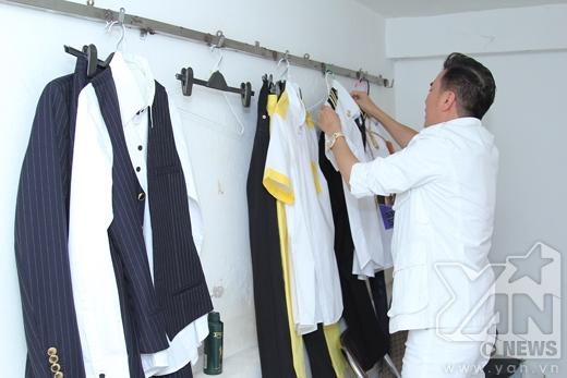 Tự tay chuẩn bị trang phục cho các tiết mục biểu diễn - Tin sao Viet - Tin tuc sao Viet - Scandal sao Viet - Tin tuc cua Sao - Tin cua Sao