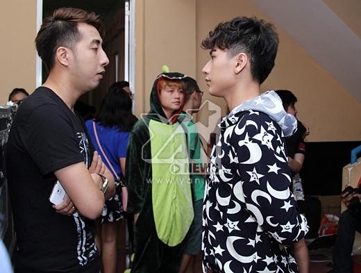 Isaac bàn bạc cùng với nhà sản xuất Only C trước giờ G - Tin sao Viet - Tin tuc sao Viet - Scandal sao Viet - Tin tuc cua Sao - Tin cua Sao