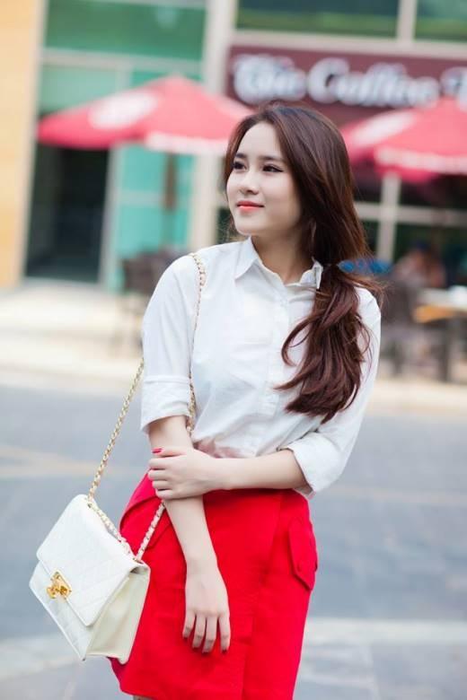 Hiện nay, Vân Shi là cô chủ nhỏ của một cửa hàng thời trang ngay giữa trung tâm Sài Gòn.