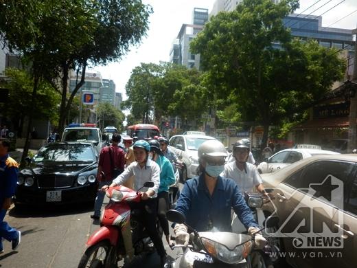 Vụ tai nạn làm giao thông qua khu vực bị ùn tắc.