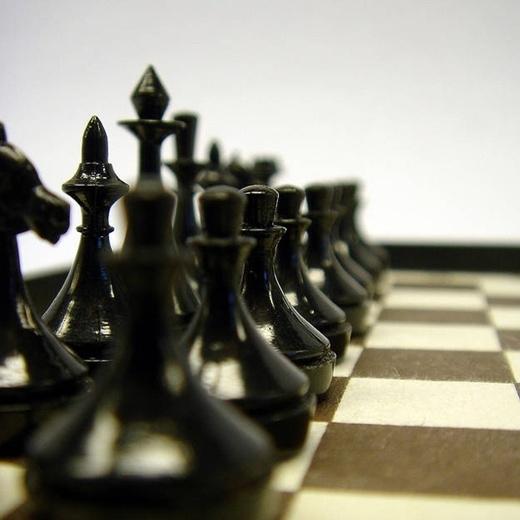 Trong cờ vua, khi một người đã đi quân cờ của mình 3 lượt thì họ đã vô tình tạo hơn 120 triệu lượt đi cho đối thủ của mình.