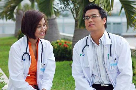Thanh Hằng trở thành một bác sĩ xinh đẹp bên cạnh nam diễn viên Việt Anh. - Tin sao Viet - Tin tuc sao Viet - Scandal sao Viet - Tin tuc cua Sao - Tin cua Sao