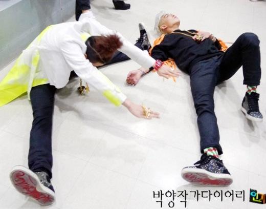"""Big Bang cũng là một trong những cái tên không thể thiếu trong danh sách thần tượng """"quậy phá"""" trước giờ diễn, đặc biệt G-Dragon và T.O.P là hai ứng cử viên sáng giá đáng chú ý."""