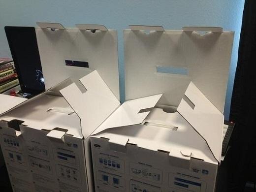 9. Những gã hộp này đã sẵn sàng hù dọa bạn