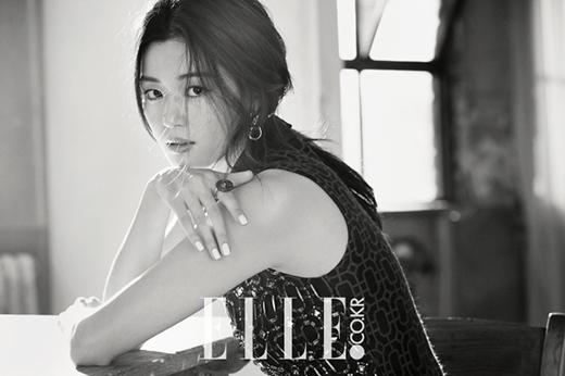 Jun Ji Hyun thừa nhận vai diễn Chun Song Yi khó nuốt