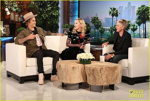 """Justin Bieber thừa nhận từng làm """"chuyện ấy"""" trong phòng vệ sinh tại buổi tiệc"""