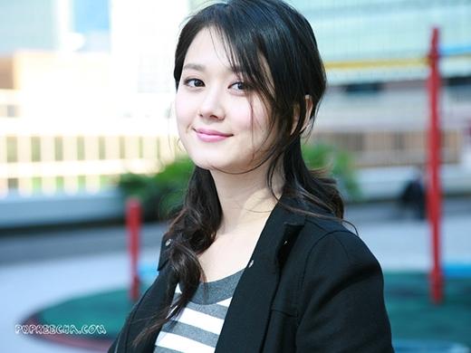 Moon Geun Young và Jang Nara đều rơi vào vòng nghi vấn của cư dân mạng.