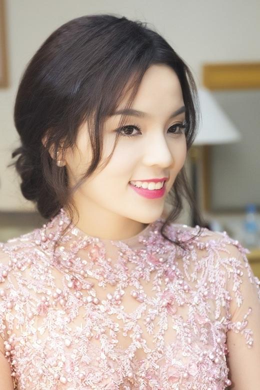 Nguồn thu nhập của Hoa hậu Việt đến từ đâu? - Tin sao Viet - Tin tuc sao Viet - Scandal sao Viet - Tin tuc cua Sao - Tin cua Sao