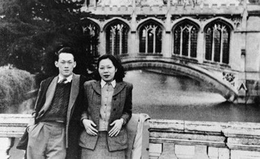 Bức ảnh chung của Ông Lý Quang Diệu và bà Kha Ngọc Chi chụp tại Anh năm 1948