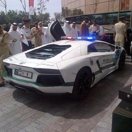 Những hình ảnh điên rồ về sự giàu có kinh khủng ở Dubai