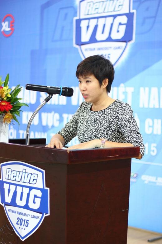 Bà Lê Thanh Thảo – Giám đốc điều hành Giải thể thao sinh viên Việt Nam phát biểu