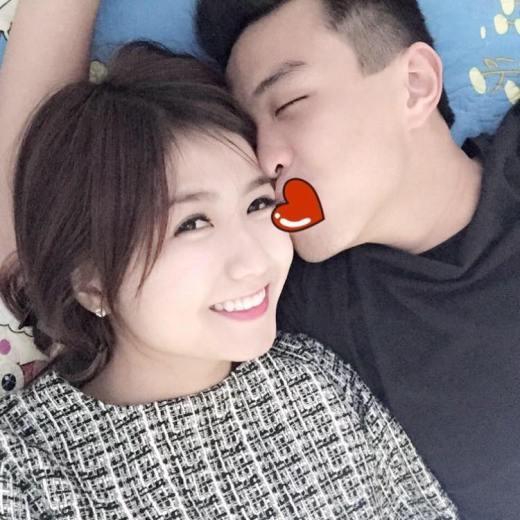 HuyMe tên thật là Phạm Công Thành sinh năm 1993, là một trong những hot vlog nổi tiếng nhất hiện nay. Chuyện tình cảm của HuyMe và cô nàng Nguyễn Quỳnh Giang, sinh năm 1996, được khá nhiều người hâm mộ.