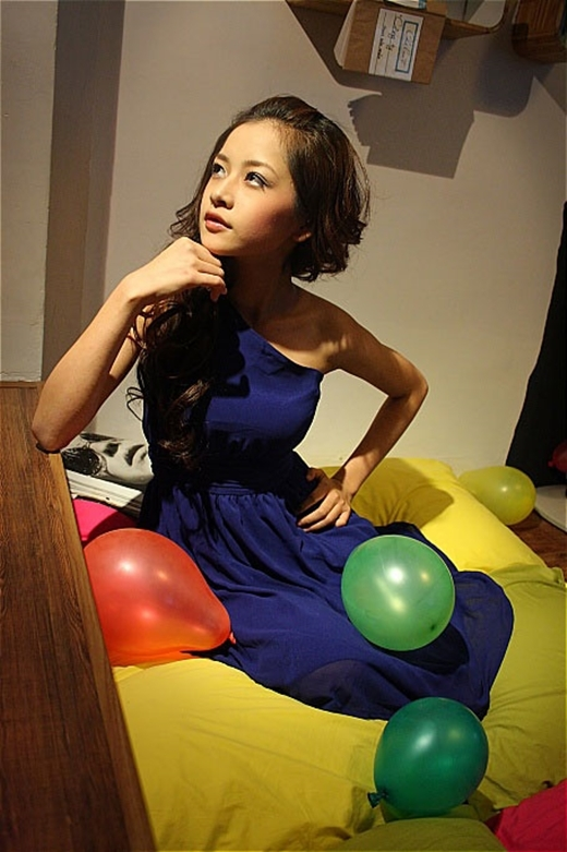 Sau cuộc thi, Chi Pu nhận được rất nhiều sự chú ý từ các nhãn hàng. Cô liên tục được mời chụp hình và đóng quảng cáo. - Tin sao Viet - Tin tuc sao Viet - Scandal sao Viet - Tin tuc cua Sao - Tin cua Sao