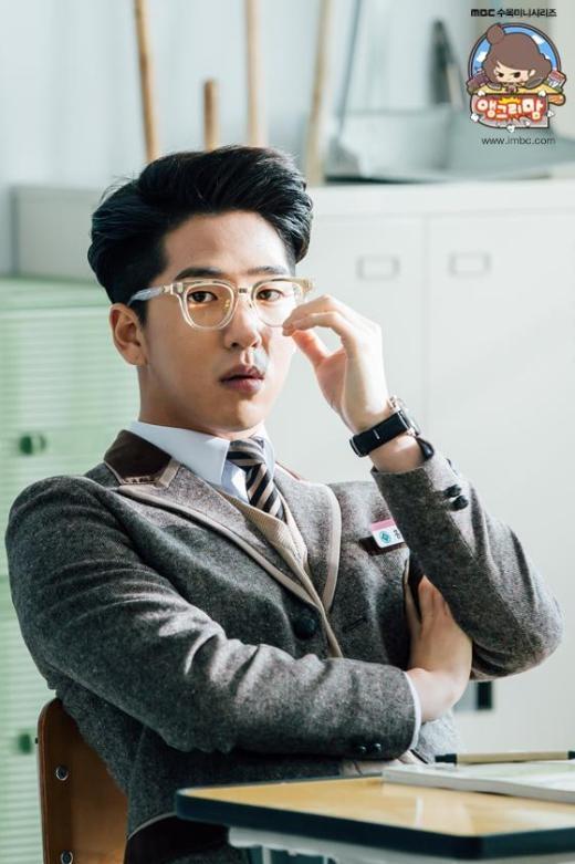 """Những mỹ nam Kpop """"oanh tạc"""" màn ảnh Hàn đầu năm 2015"""