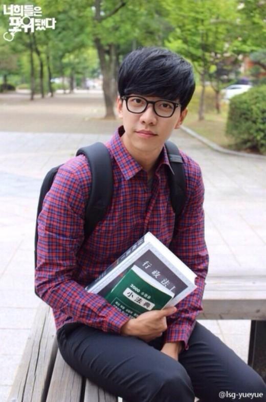 Lee Seung Gi thành công trên cả lĩnh vực ca hát lẫn phim ảnh