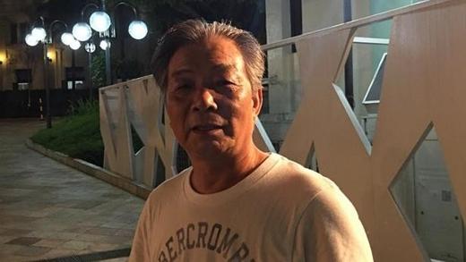 Ông Guo Jing Qiang, người Trung Quốc, tới Singapore thăm con gái. Ông cũng tới bệnh viện khi biết tin người sáng lập đảo quốc sư tử qua đời.