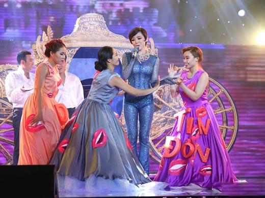 Khi sao Việt phát cuồng vì thời trang của nàng Lọ Lem