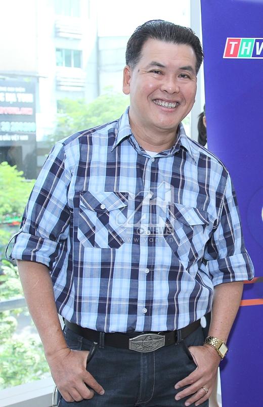 Diễn viên hài Hữu Nghĩa cũng đảm nhận vai trò giám khảo trong vòng Sơ tuyển của cuộc thi - Tin sao Viet - Tin tuc sao Viet - Scandal sao Viet - Tin tuc cua Sao - Tin cua Sao
