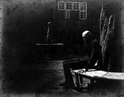 Max Schreck trong bộ phim câm Nosferatu: A Symphony of Horror