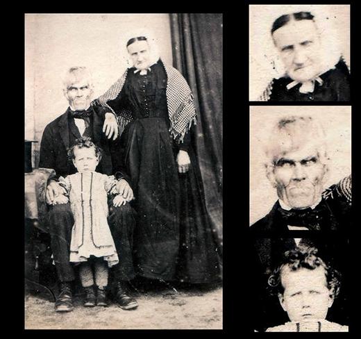 Một bức ảnh gia đình đáng sợ đến khó hiểu.