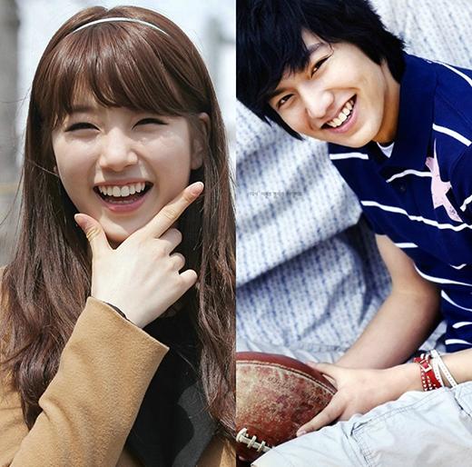 Cả Lee Min Ho và Suzy đều sở hữu nụ cười tỏa nắng khiến người khác khong khỏi rời mắt.