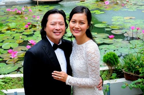 Sau hôn nhân đỗ vỡ với đạo diễn Ngô Quang Hải, Đỗ Hải Yến đi bước nữa với doanh nhân Việt kiều Calvin Tài Lâm. Lễ cưới lần hai của cô diễn ra khá hoành tráng và xa hoa, với ý tưởng buổi tiệc được bài trí theo phong cách của Pháp. Từ sau đám cưới nữ diễn viên ít khi xuất hiện tại các sự kiện giải trí. Đời sống riêng tư của cô cũng khá kín tiếng. Gia đình cô cũng đón chờ đứa con ra đời trong năm nay. - Tin sao Viet - Tin tuc sao Viet - Scandal sao Viet - Tin tuc cua Sao - Tin cua Sao