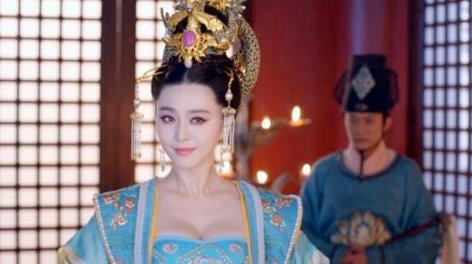 Không cắt cảnh khoe ngực Võ Mị Nương truyền kỳ, truyền hình Đài Loan bị kiện