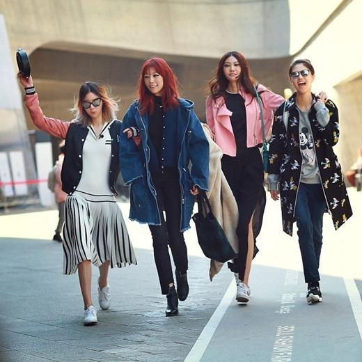 Các cô gái đầy cá tính tất nhiên sẽ không thể nào bỏ lỡ tuần lễ thời trang đầy hấp dẫn.