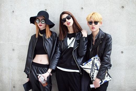Tông màu đen cơ bản đem lại vẻ cá tính cho người mặc vẫn được khá nhiều cô gái lựa chọn cho các set đồ của mình.