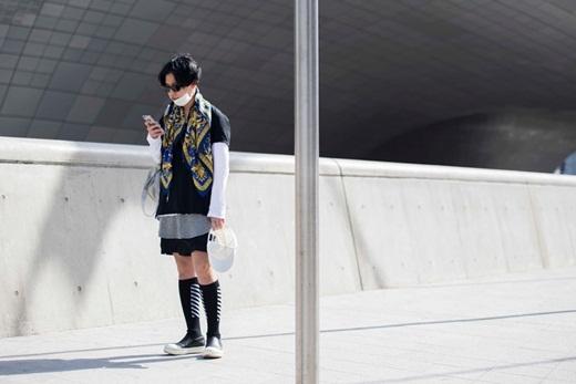 Ngắm street style chất chơi ở tuần lễ thời trang Seoul Hàn Quốc