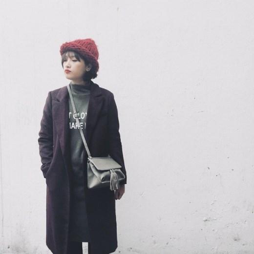 Ngoài ra, Nzim còn sở hữu shop thời trang mang tên cô tại Sài Gòn.