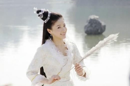 Cống Mễ được khen ngợi là đại mỹ nhân khi hóa thân thành tiên tử trong Tiên nữ hồ chi mặc tiên.