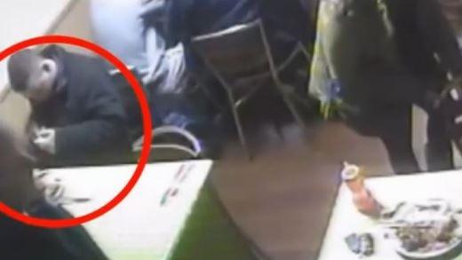 Camera an ninh đã vạch trần hành động thả chuột của Baker