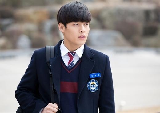 Những nam sinh chiếm trọn trái tim khán giả màn ảnh Hàn