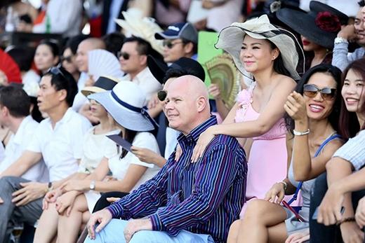 Những khoảnh khắc ngọt lịm của vợ chồng Thu Minh đốn tim fan - Tin sao Viet - Tin tuc sao Viet - Scandal sao Viet - Tin tuc cua Sao - Tin cua Sao