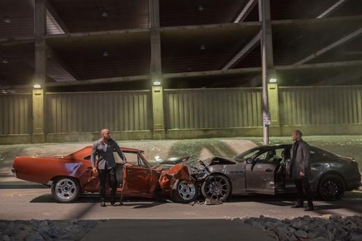 Tặng độc giả YAN News vé xem ra mắt phim Fast & Furious 7