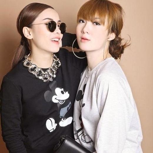Gout thời trang của cặp chị em thân thiết cũng được nhiều người đánh giá cao, cả hai nhanh chóng trở thành những fashionista đình đám của showbiz Việt. - Tin sao Viet - Tin tuc sao Viet - Scandal sao Viet - Tin tuc cua Sao - Tin cua Sao