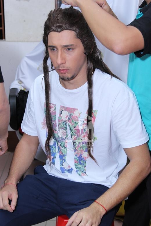 Kris được chọn một bộ tóc dài để vào vai cổ trang. - Tin sao Viet - Tin tuc sao Viet - Scandal sao Viet - Tin tuc cua Sao - Tin cua Sao