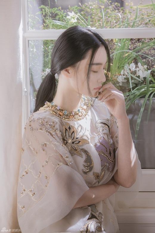 Trương Hinh Dư được ca tụng đẹp hơn đại minh tinh