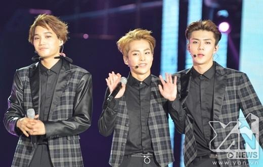 Với sự cổ vũ nhiệt tình từ người hâm mộ VIệt, hy vọng rằng EXO sẽ quay trở lại trong thời gian không xa.